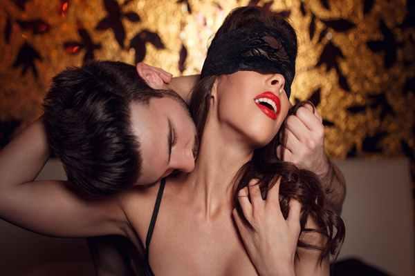 Gra wstępna przed seksem – 10 sprawdzonych pomysłów